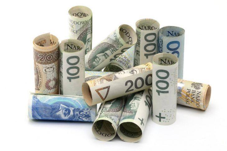 Gdzie najtaniej pożyczysz 5000 zł na 24 miesiące?