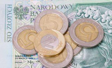 Kredyt gotówkowy 50 000 zł na 48 rat – u kogo najkorzystniej?