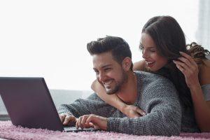 Młodzi ludzie - wolą oszczędzać czy pożyczać?