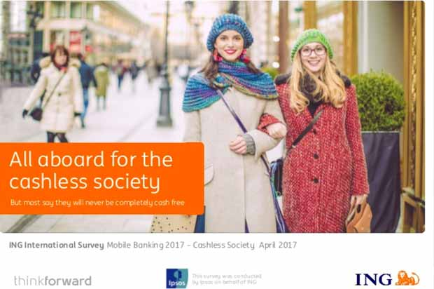 "Raport ""ING International Survey Mobile Banking 2017 − Cashless Society"""