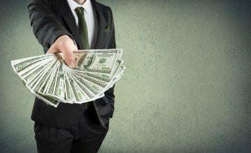 Sektor pożyczkowy rośnie w siłę, banki oddają klientów