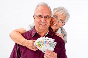 Odwrócony kredyt hipoteczny - co to jest i czym różni się od odwróconej hipoteki