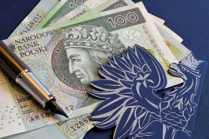 Najwięcej oszczędności posiadają osoby po pięćdziesiątym roku życia.