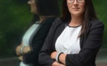 Agnieszka Wachnicka jest prezesem Fundacji Rozwoju Finansowego od września 2018 roku.