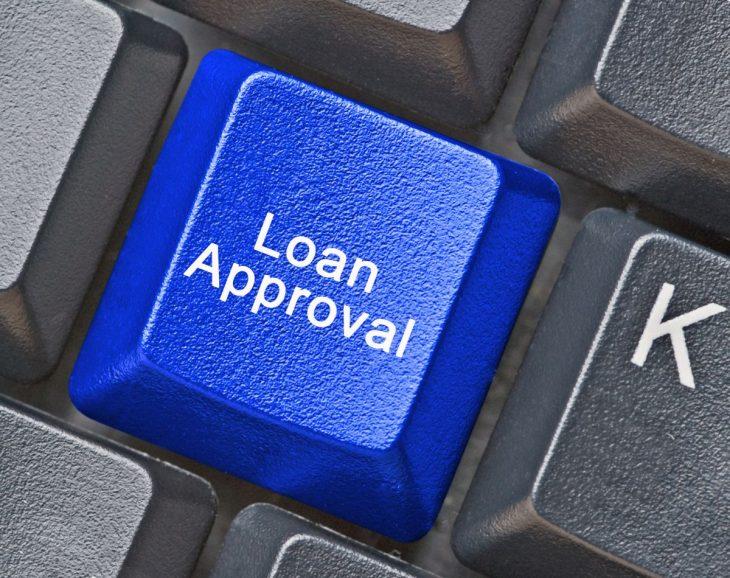Wiele firm pożyczkowych przelewa pieniądze na konto tego samego dnia od złożenia wniosku.