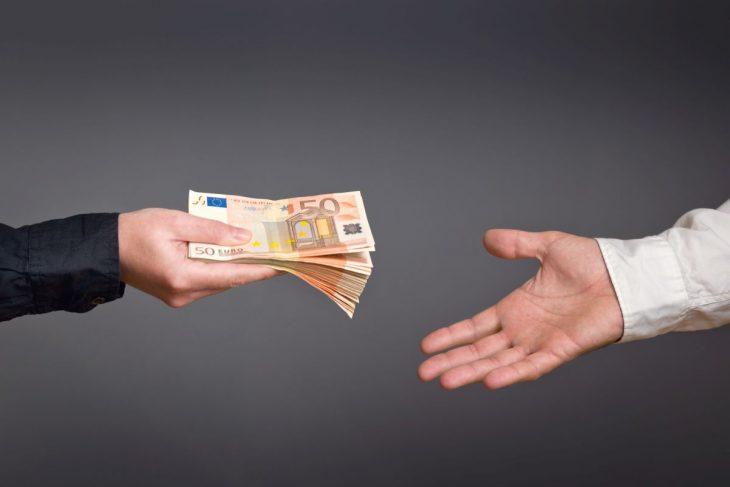 Banki udzielają kredytów bez zaświadczeń o dochodach.