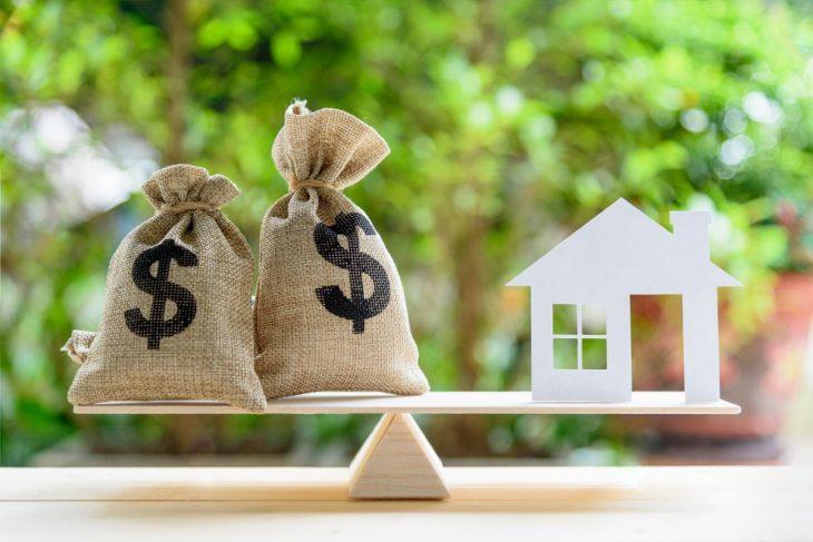 Przedsiębiorcy mają utrudnioną drogę do uzyskania kredytu hipotecznego dla firm.